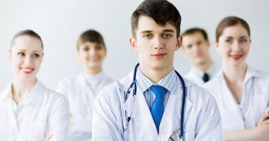 Studenţii medicinişti  insistă pe ideea  de vaccinare corectă  a populaţiei