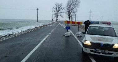 S-a deschis circulaţia spre Cumpăna! Drumul fusese închis azi-noapte din cauza vizibilităţii reduse