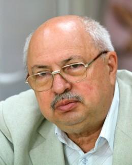 Dr. Vasile S�rbu opereaz�  la Spitalul din Mangalia