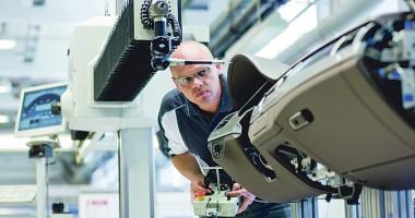 Dräxlmaier va concedia 292 de angajaţi din fabrica de la Piteşti