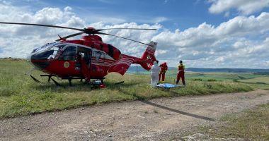 Femeie rănită grav, după EXPLOZIA UNEI BUTELII, preluată de elicopterul SMURD Constanța