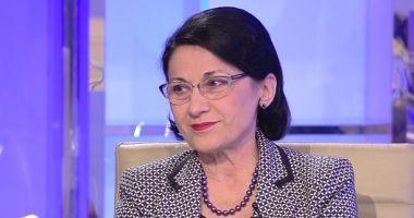 Ministrul Educației, Ecaterina Andronescu: Profesorii vor primi bani înainte de sărbători