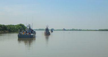 Echipajele navelor militare fluviale, în instrucţie pe Dunăre