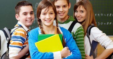 O nouă disciplină ar putea deveni obligatorie pentru elevii din învăţământul preuniversitar