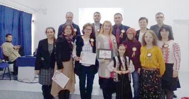 Elevii din Medgidia au sărbătorit 100 de ani de la Unirea Basarabiei cu România