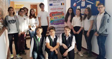 Elevii din Năvodari învaţă împreună cu elevi din Turcia, Italia, Grecia, Lituania şi Polonia