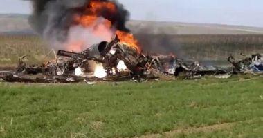 Elicopter prăbuşit în munţi. Un ministru şi mai mulţi oficiali au murit