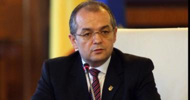 Avertismentul lui Boc: România trebuie să absoarbă 6 miliarde de euro pentru a evita recesiunea