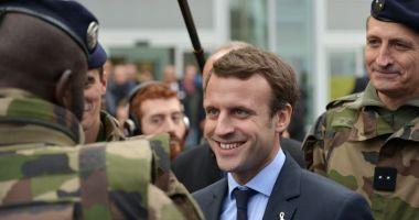 Emmanuel Macron propune