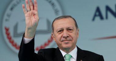 Erdogan afirmă că aprobă pedeapsa  cu moartea, Parlamentul  votează pentru aceasta