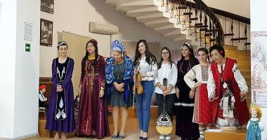 Mozaic multietnic dobrogean,  la Muzeul de Artă Populară Constanţa