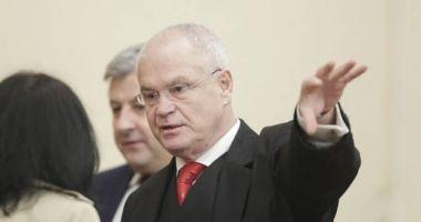 PSD i-a retras sprijinul politic lui Toader. Eugen Nicolicea, propus să preia Ministerul Justiţiei