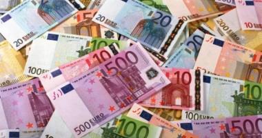 LEUL stabileşte un nou record. EURO se apropie de un nou prag