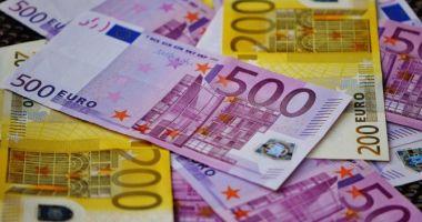 Dezastru pentru leu. Ce se întâmplă cu moneda euro
