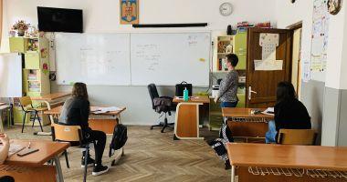 EVALUARE NAŢIONALĂ 2021. Peste 4.200 de elevi, prezenţi la simularea judeţeană a probei la limba romănă