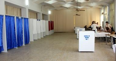 Experţii electorali vor primi indemnizaţii mai mari cu aproape 80%