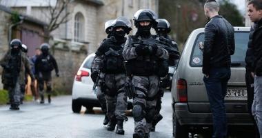Explozie la sediul FMI din Paris. O persoană rănită după ce a deschis un plic suspect
