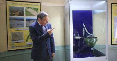 Exponat vechi de 3.000 de ani, atracţia lunii  la Muzeul de Istorie şi Arheologie Constanţa