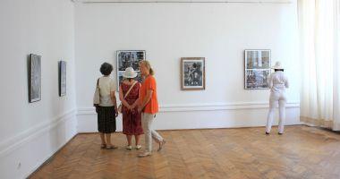 Expoziţie de grafică la Muzeul de Artă