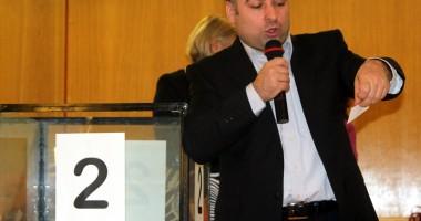 Primarul Nicolae Matei a făcut fericiţi alţi 300 de năvodăreni