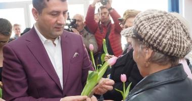 Primarul Decebal Făgădău  a inaugurat un nou club pentru pensionari