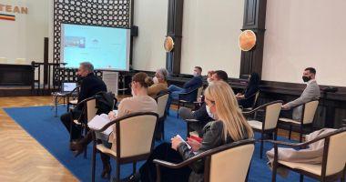 Dezbatere publică pentru Regulamentul de publicitate stradală în municipiul Constanţa