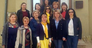 Femeile liberale  au donat medicamente dispensarelor  din comuna  Poarta Albă