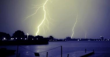 Fenomene meteo periculoase? Iată ce spun pompierii
