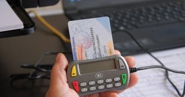 Dispare cardul de sănătate? MAI vrea introducerea cărţii electronice de identificare