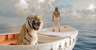 """Caravana """"Filme  de Oscar"""" continuă în piața Ovidiu și pe faleza Cazinoului"""
