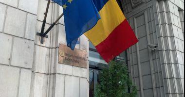 """Finanțele Publice îi cer BNR să """"să-și respecte toate obligațiile legale"""""""