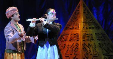 """Flautul fermecat"" la Teatrul ""Oleg Danovski"""