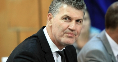 Foto : Cum vrea primarul Florin Chelaru s� transforme N�vodariul �ntr-o sta�iune de top
