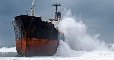 Flota comercială a României, acum 20 de ani. Marinari neplătiţi, marinari abandonaţi…