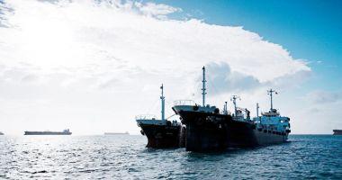 Flota comercială a României, acum 20 de ani.  De la furtunile pe mare, la controlul politic