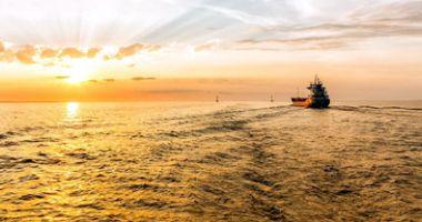 Flota comercială a României, acum 20 de ani. Un act normativ controversat