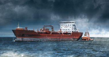 Flota comercială a României, acum 20 de ani. Navă arestată în Kenya, marinari abandonaţi!