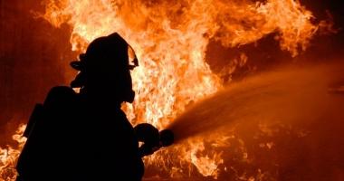 RĂSTURNARE DE SITUAŢIE ÎN CAZUL INCENDIULUI DIN KM4-5. Fetiţa arsă de vie a fost înjunghiată în piept!