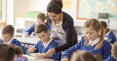 Cine îi mai educă pe elevi? Criză de profesori, la Constanţa