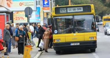 Foto : RATC Constan�a, pe butuci! �oferii cer Prim�riei eliminarea microbuzelor maxi-taxi de pe trasee