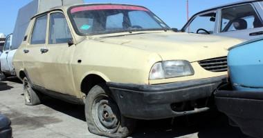 Constănţenii renunţă tot mai greu la maşinile lor vechi