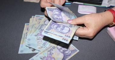 Bani falşi plasaţi pe piaţă în Constanţa. DIICOT a luat urma falsificatorilor