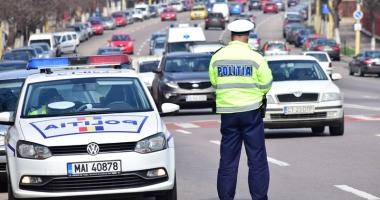Doi poliţişti loviţi cu maşina de şoferi beţi, lăsaţi în libertate de procurori.