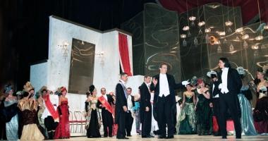 Melomanii constănţeni, aşteptaţi la Gala extraordinară de operă