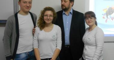 """Cei mai buni elevi de la Liceul """"Hurmuzescu"""" pleacă la Bruxelles"""