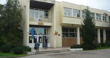 Foto : O nou� lovitur� la... Palat? De ce a devenit Palatul Copiilor o miz� at�t de mare pentru alian�a PSD-PMP