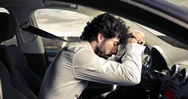 Noi reguli pentru obţinerea sau schimbarea permisului auto. Cum vor fi testaţi şoferii pentru apnee în somn
