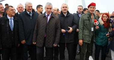 T�riceanu �i Dragnea au vizitat noul pod de la Agigea
