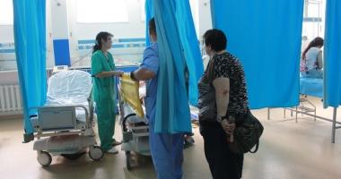 """Foto : Cine salveaz� vie�ile const�n�enilor? Medicii de la Urgen��, sufoca�i: """"Este o munc� solicitant�, suntem jigni�i..."""""""