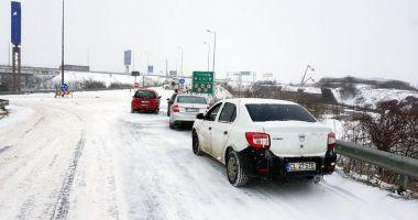 Constanţa izolată! Nu se circulă pe Autostrada Soarelui, nici pe alte drumuri naţionale şi judeţene